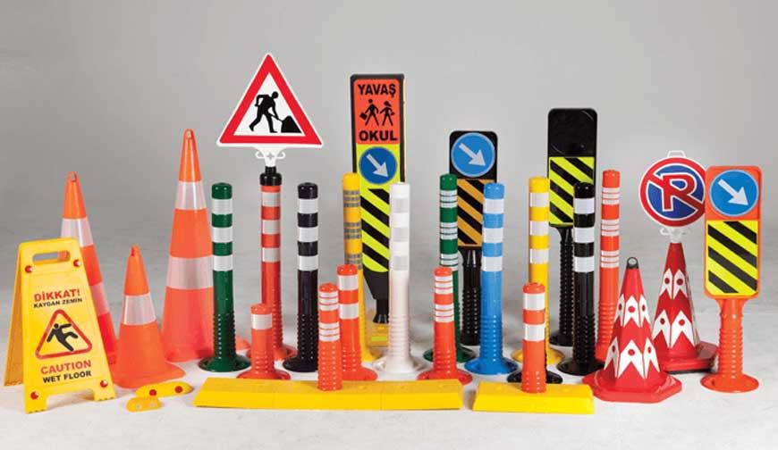 Hayatı Kurtaran Trafik Güvenlik Ürünleri Ve Uyarı Levhaları
